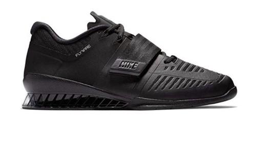 https://solidguides.com/wp-content/uploads/2019/02/Nike-Men's-Romaleos-3.jpg