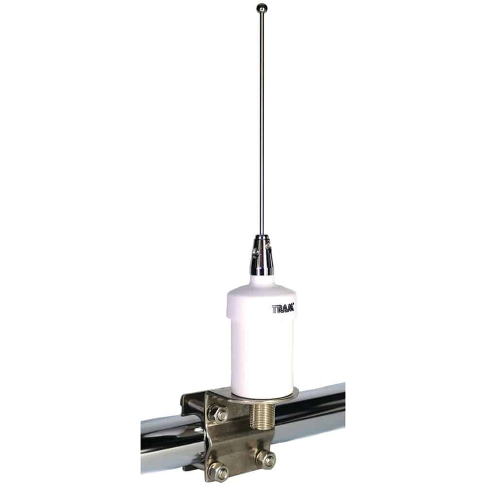 https://solidguides.com/wp-content/uploads/2020/01/Tram-VHF-Marine-Antenna.jpg